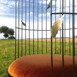 4 détail siège Cage plumes - atelier - anouchka potdevin